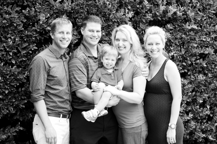 black-and-white-family-portrait-houston-texas-photographer